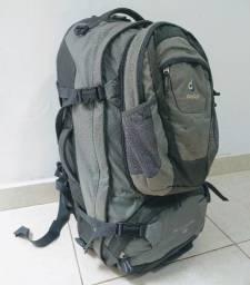 Mochila Deuter Traveller 55 + 10 SL - pouco uso