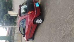 Vendo 1 carro celta 2002 /2003 Vermelho