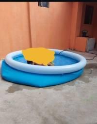 Título do anúncio: Vendo Piscina inflável