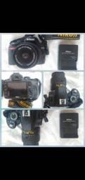 Vendo Nikon D3100