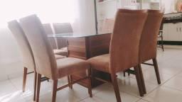 Vende-se mesa de oito lugares