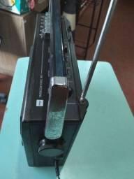 Radio toshiba bivolte antigo