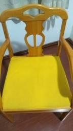 Título do anúncio: Cadeira de madeira maciça