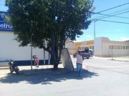 2 Pontos comerciais na Av Montes Claros