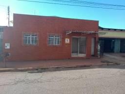 Cód. 5488 Casa - Centro - Anápolis/GO. Donizete Imóveis
