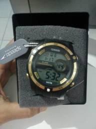 Lindos relógios da marca Speedo.