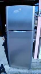 Geladeira frost Free 410 litros