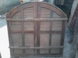 Janela Colonial de madeira maciça