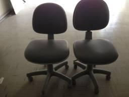 Cadeiras de Escritório com Rodinhas