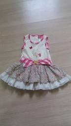 Lote de vestidos para bebês