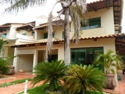 Sobrado com 4 suítes para alugar por R$ 3.000/mês - Plano Diretor Sul - Palmas/TO