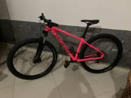 Bicicleta Specialized feminina