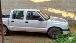 S10 Cabine dupla ano 2005 a gasolina - 2005