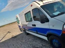 Ambulância UTI Móvel Renault Master - 2013