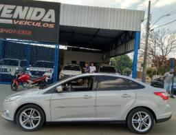Focus Sedan SE 2.0 Power Shift - 2014