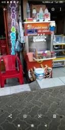 Máquina de sorvete italianinha.   Completa .