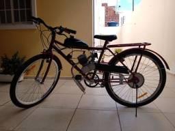 Bicicleta a motor nova
