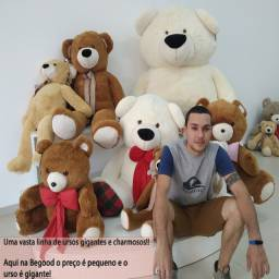 Ursos gigantes com frete gratuito para a região