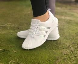 Vendo tênis Adidas feminino e nike Tn ( 115 com entrega )