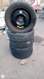 Título do anúncio: Vendo pneus aro 18 e 17 tem conversa