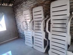 Título do anúncio: Cadeiras para bronze  (3unidades Tramontina)e 3 de madeira