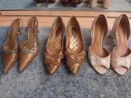 Sapatos semi-novos 38
