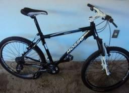Vendo bicicleta aro 29 chama no zap *