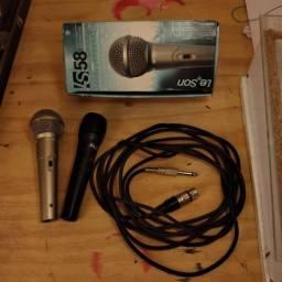 Microfones e cabo