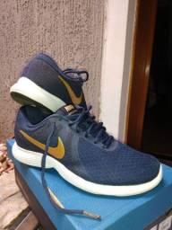 Tênis Nike n 36