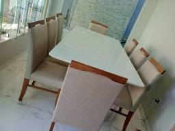 Título do anúncio: Mesa de madeira e acabamento laka luxo de 8 lugares