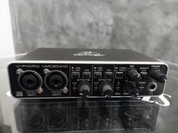 Título do anúncio: Interface de áudio Behringer UMC204 HD