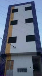 Apartamento 2 quartos João Mota