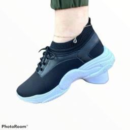 Título do anúncio: tenis shoes plataforma calça fácil com elastico preto rosa oncinha