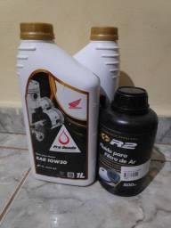 Título do anúncio: Óleo 10w30 pra CRF + óleo pra filtro de ar