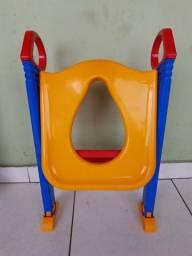 Assento sanitário infantil com escadinha para desfralde