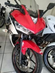 Moto YZF R3 320c Yamaha