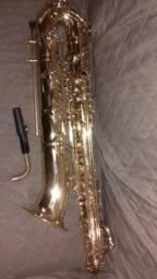 Saxofone barítono spalla