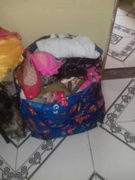 Troco lote de roupa por Chapinha