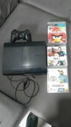 Vende-se PS3 250 Giga c/ 3 Jogos