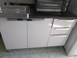 Armários de cozinha ambos por 220,00