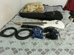 Vendo guitarra fender squier+ pedaleira v-amp 2