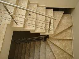 Marmoraria escadas travertino