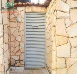 Casa com 2 dormitórios para alugar, 49 m² por R$ 450,00/mês - Vila Santa Maria de Nazareth