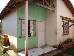 Vende-se uma casa no Loteamento Jequitibá, Rua Laurindo Barbosa Lima