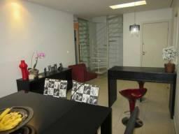 RM Imóveis vende excelente cobertura no Caiçara, toda montada com móveis planejados!