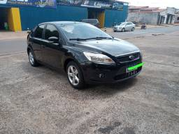 Ford Focus Hatch, 1.6 Manual.