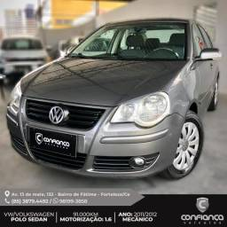Polo Sedan 2012 - Completo - Segundo dono - 2012