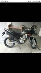 Vendo moto XRE - 2019