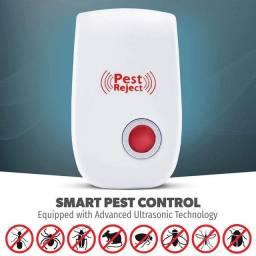 Repelente Eletrônico Ultrassônico Espanta Ratos E Insetos