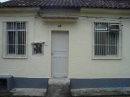Casa para alugar, 50 m² por R$ 700,00/mês - Ramos - Rio de Janeiro/RJ